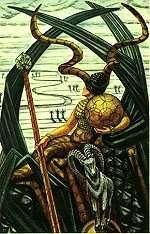 queen_disks_thoth_tarot